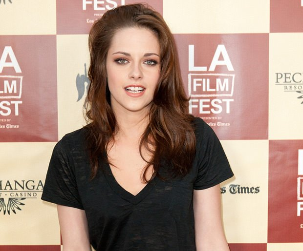 bigstock-LOS-ANGELES--JUNE---Kristen-31856414